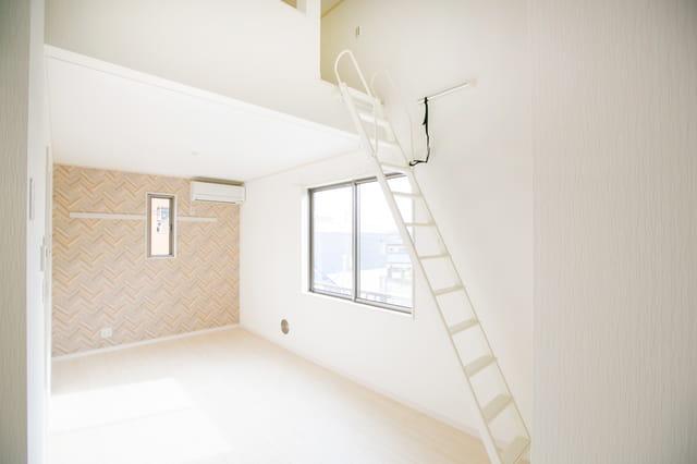 ロフト付きアパートとはどんな物件? 定義から特徴まで解説