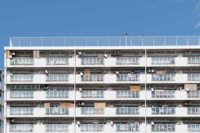 築年数の経過したマンションイメージ